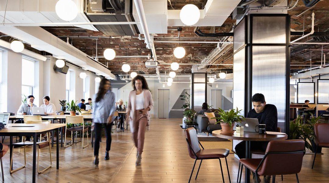 Développer les espaces de travail collaboratif grâce aux dispositifs interactifs